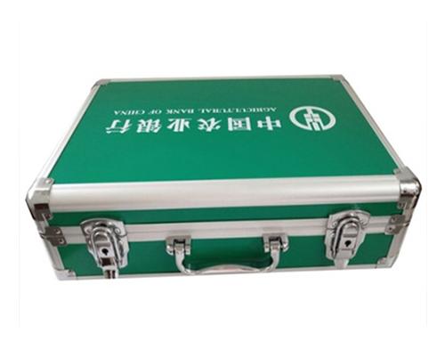手提仪器仪表箱